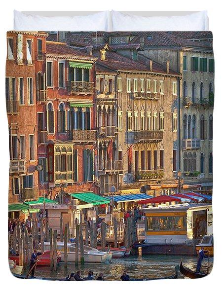 Venice Palazzi At Sundown Duvet Cover