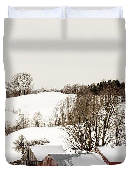 Vermont Farm Scene In Winter Duvet Cover