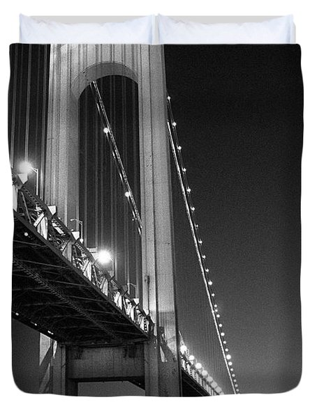 Verrazano Bridge At Night - Black And White Duvet Cover by Gary Heller