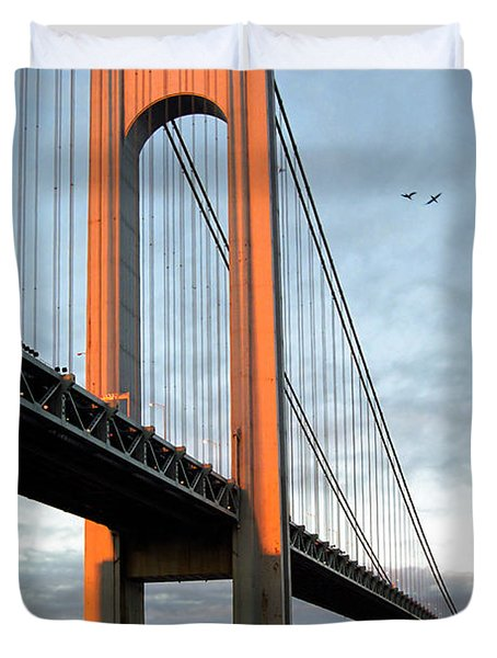 Verrazano Bridge At Sunrise - Verrazano Narrows Duvet Cover by Gary Heller