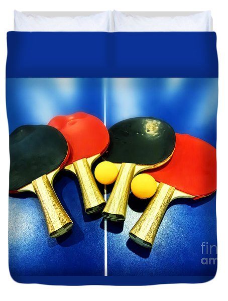 Vibrant Ping-pong Bats Table Tennis Paddles Rackets On Blue Duvet Cover