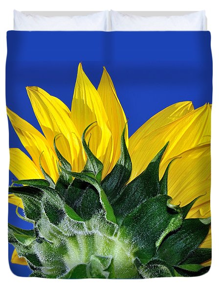 Vibrant Sunflower In The Sky Duvet Cover by Kaye Menner
