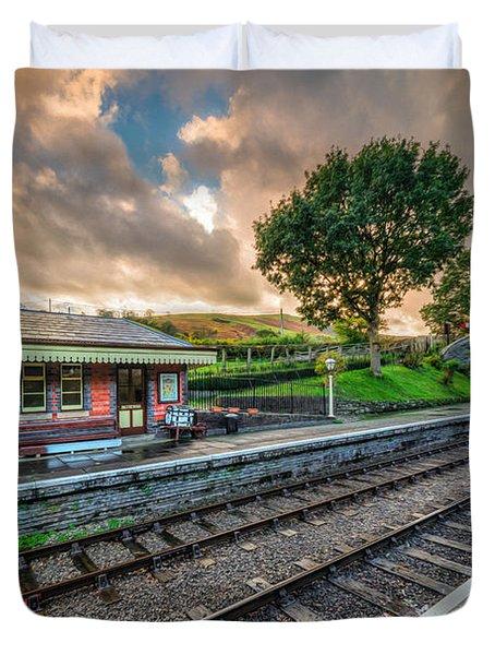 Victorian Station Duvet Cover