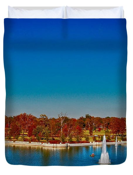 Duvet Cover featuring the photograph View From Art Hill Forest Park Missouri by Peggy Franz
