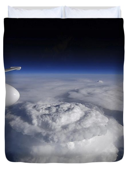 View Of A Supercell Thunderstorm Duvet Cover