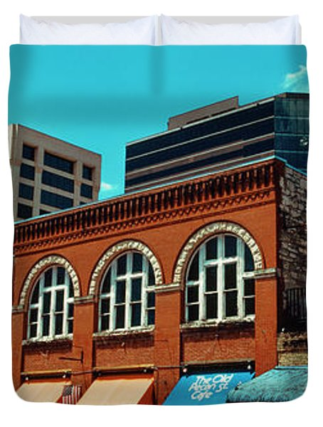 View Of Buildings On 6th Street Duvet Cover