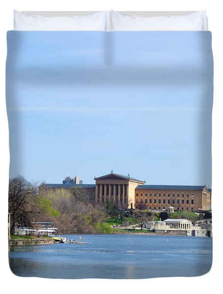 View Of The Art Museum And Waterworks In Philadelphia Duvet Cover by Bill Cannon