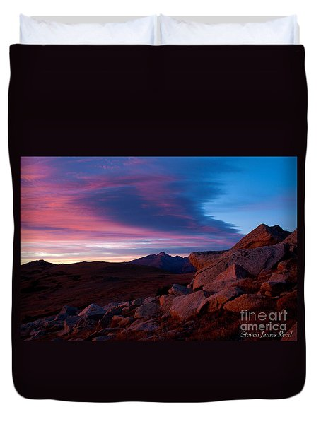 View To Long's Peak Duvet Cover