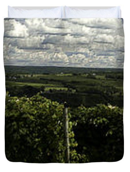 Vineyard On Keuka Lake Duvet Cover by Richard Engelbrecht