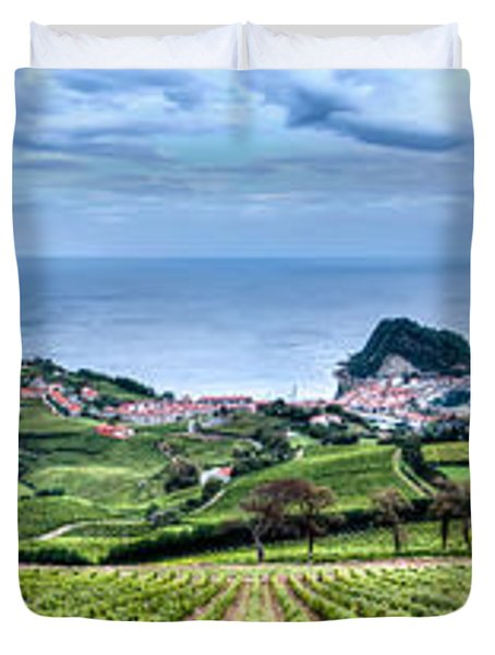 Vineyards By The Sea Duvet Cover