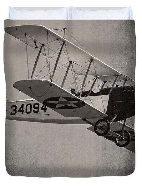 Vintage 1917 Curtiss Jn-4d Jenny Flying  Duvet Cover