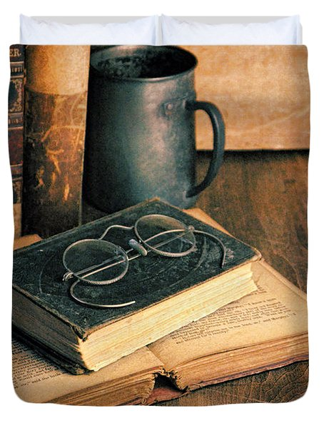 Vintage Books And Eyeglasses Duvet Cover by Jill Battaglia