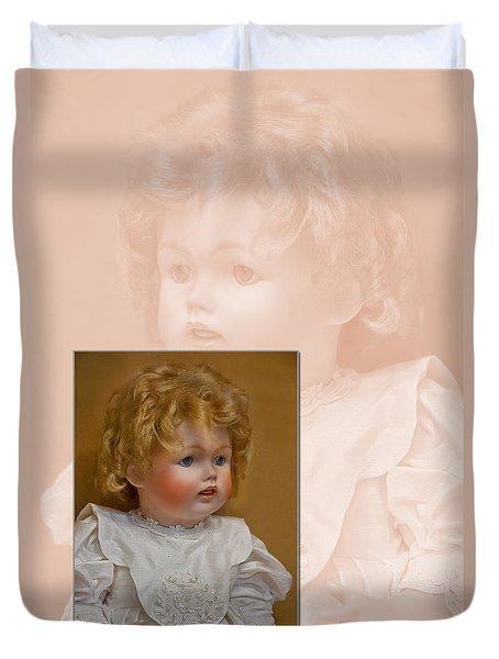 Vintage Doll Beauty Art Prints Duvet Cover