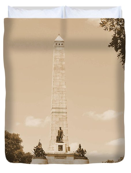 Vintage Lincoln's Tomb Duvet Cover by Luther Fine Art