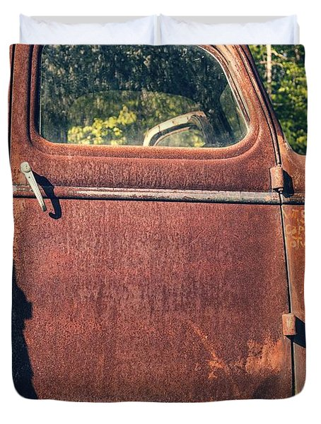Vintage Old Rusty Truck Duvet Cover by Edward Fielding