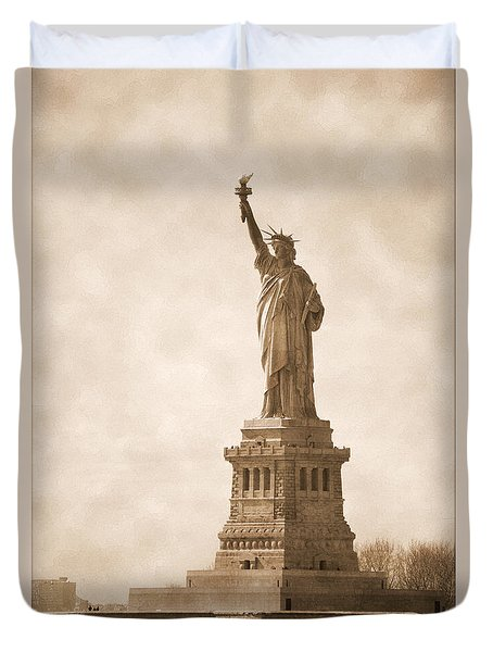 Vintage Statue Of Liberty Duvet Cover
