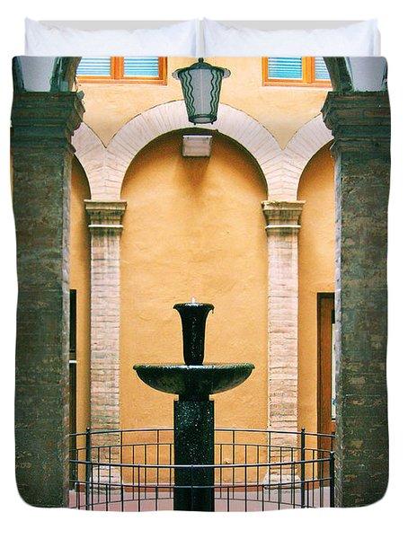 Volterra Courtyard Duvet Cover