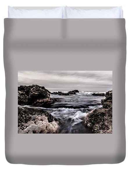 Duvet Cover featuring the photograph Vortex by Edgar Laureano