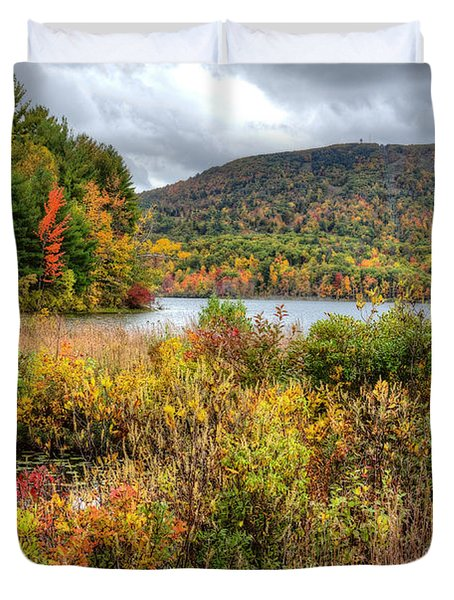 Wachusett Mt. In Autumn Duvet Cover