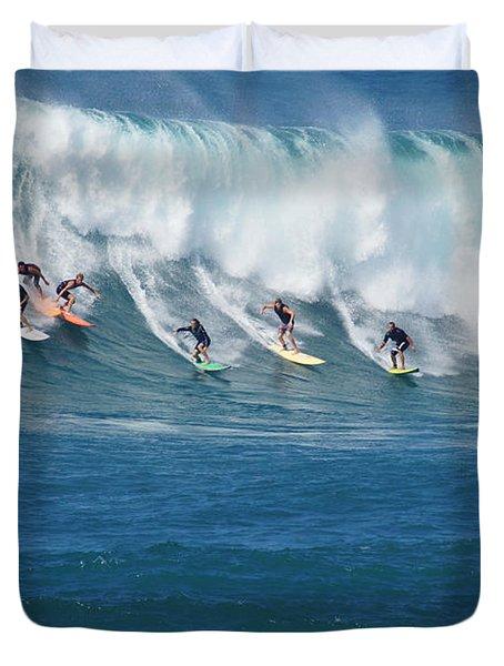 Waimea Bay Crowd Duvet Cover