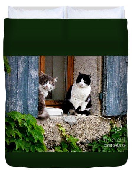Waiting For Dinner Duvet Cover by Lainie Wrightson