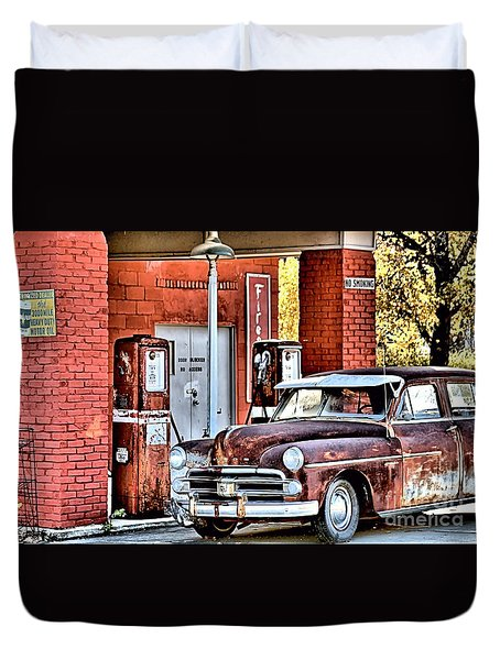 Waiting.... Duvet Cover by Joe Russell