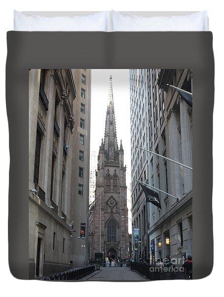 Wall Street Leading To Trinity Church Duvet Cover