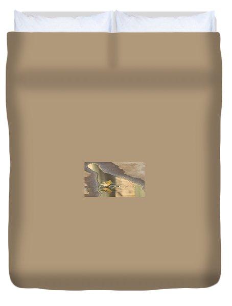 Warbler Reflection Duvet Cover