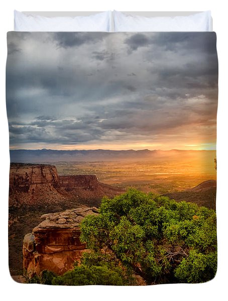 Warm Glow On The Monument Duvet Cover