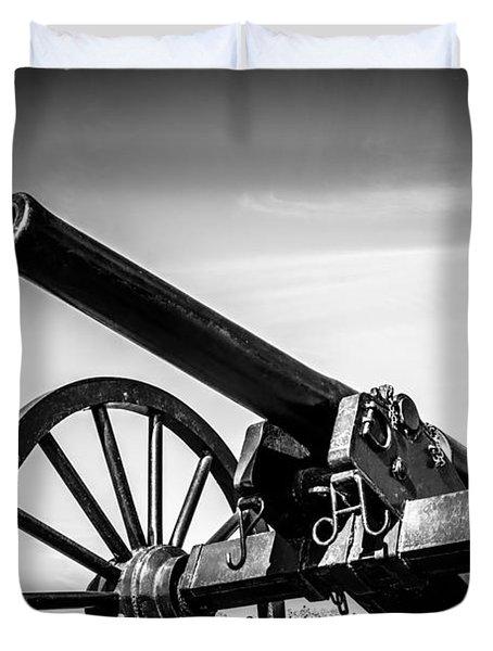 Washington Artillery Park Cannon In New Orleans Duvet Cover by Paul Velgos