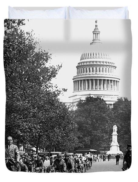 Washington Bicycle Parade Duvet Cover