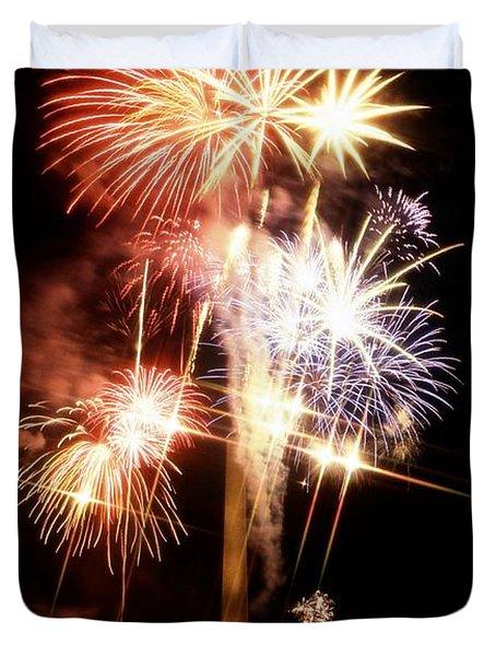 Washington Monument Fireworks 2 Duvet Cover by Stuart Litoff