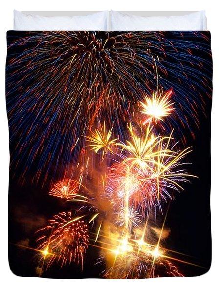 Washington Monument Fireworks 3 Duvet Cover by Stuart Litoff