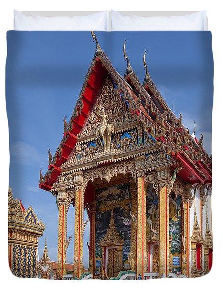 Wat Choeng Thalay Ordination Hall Dthp138 Duvet Cover by Gerry Gantt