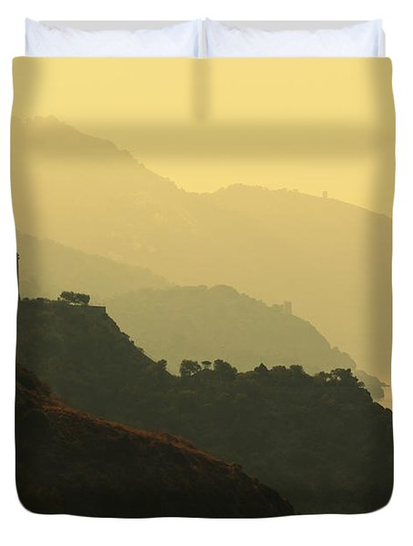 Watch Towers On The Marocerro Gordo Cliffs Duvet Cover by Ken Welsh