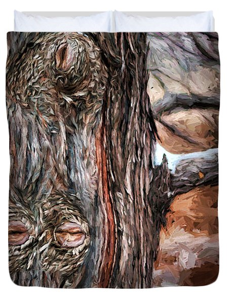 Watcher In The Woods - Tree With Knothole Eyes - Pareidolia  Duvet Cover