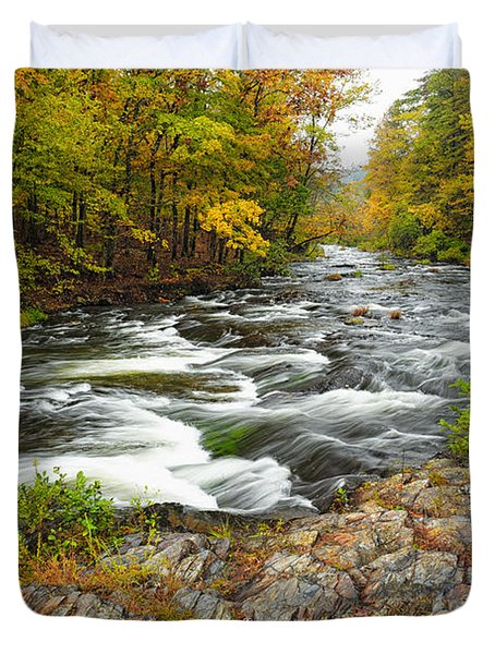Watching It All Go By  At Beaver's Bend Broken Bow Fall  Foliage Oklahoma Duvet Cover