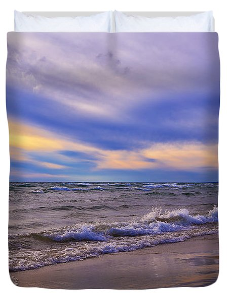 Watching The Sunset Duvet Cover by Rachel Cohen
