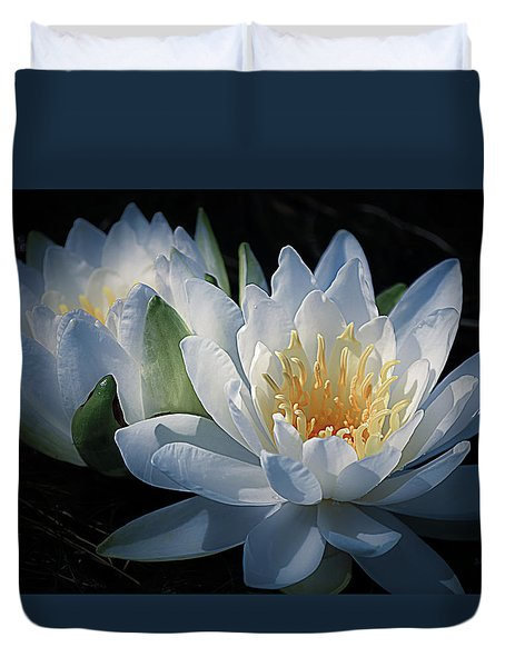 Water Lilies In White Duvet Cover