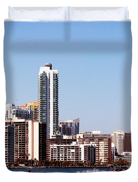 Duvet Cover featuring the photograph Water Skiing by Carsten Reisinger