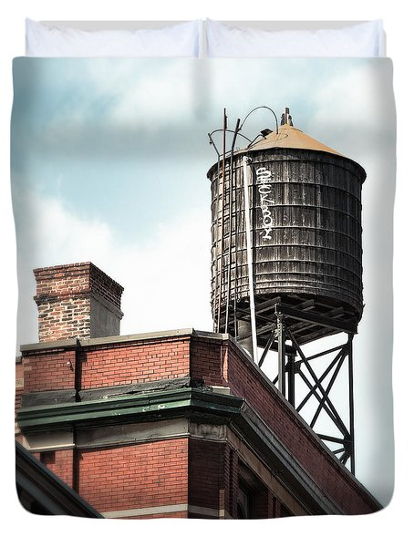 Water Tower In New York City - New York Water Tower 13 Duvet Cover by Gary Heller