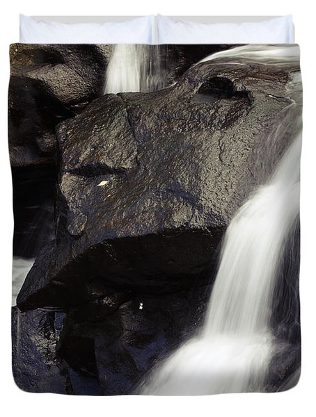 Waterfalls Duvet Cover by Les Cunliffe