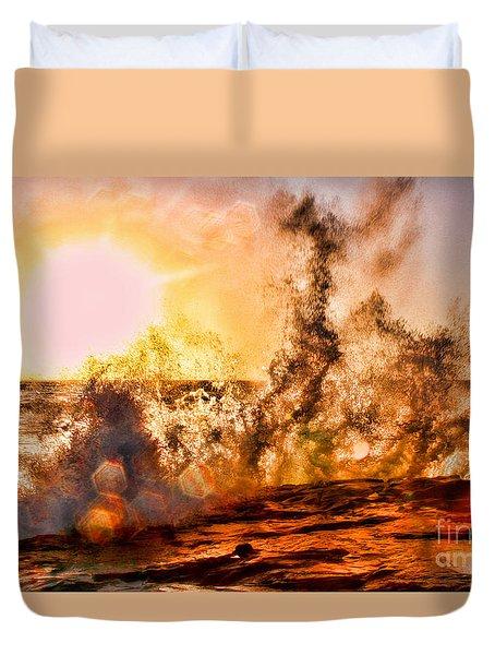 Wave Crasher La Jolla By Diana Sainz Duvet Cover