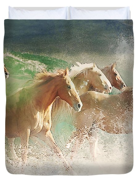 Waves Of God's Glory Duvet Cover