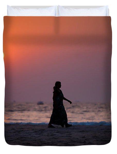 Way Home. Goan Sunset. India Duvet Cover