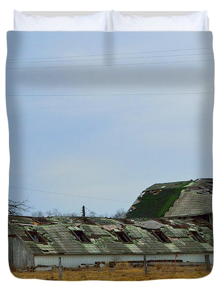 Weathered Barns Duvet Cover by Alys Caviness-Gober
