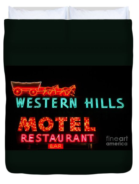 Western Hills Motel Sign Duvet Cover by Sue Smith
