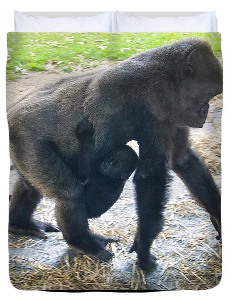 Western Lowland Gorilla With Baby Duvet Cover