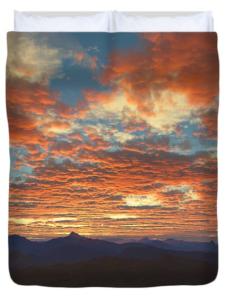 Western Sunset Duvet Cover by Mark Greenberg
