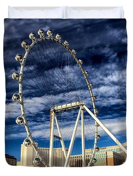 Wheel In The Sky Las Vegas Duvet Cover by Michael Rogers